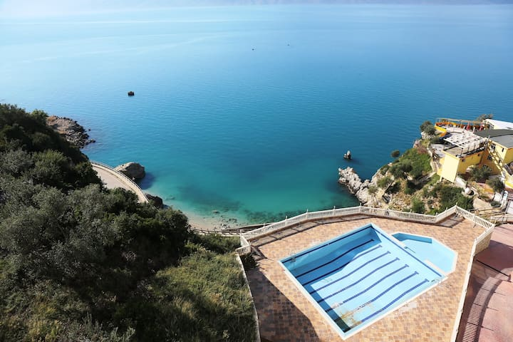 Vacation Apartment in Vlore with Pool - 071