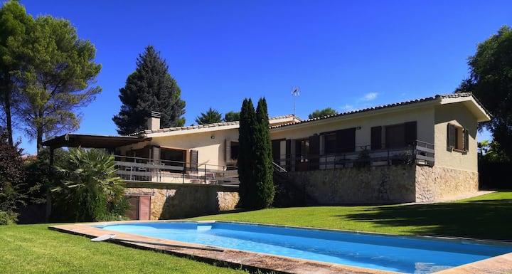 Casa con bonitas vistas en Embalse de Entrepeñas