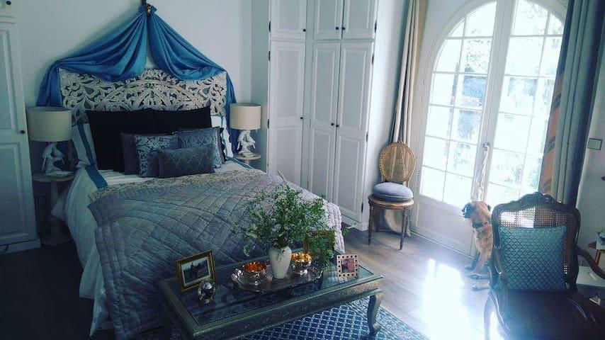 Magnifique suite dans villa de standing
