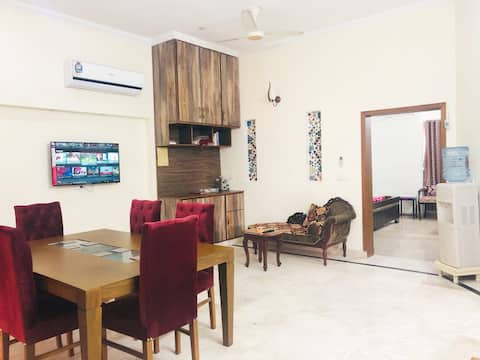STYLISH HOUSE in Bahria town LAHORE