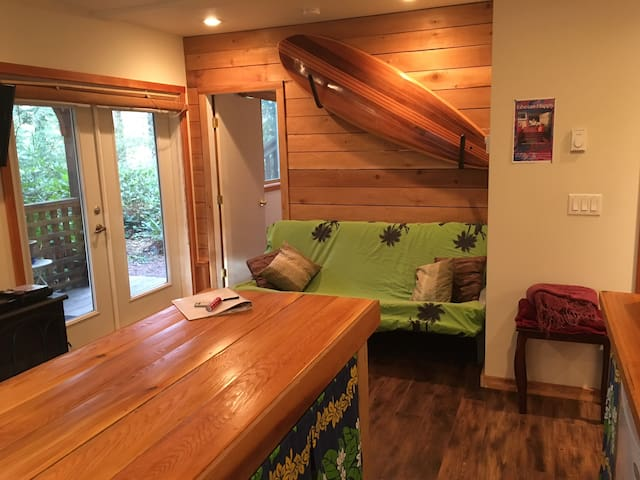 Private West Coast Suite - Ucluelet - Apartment