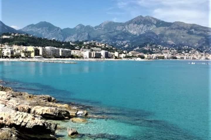 Face à la mer, Cap Martin, Monaco, Menton