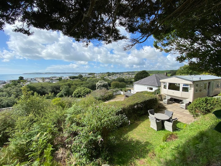 Quarry Beach Stunning Sea Views Accommodation