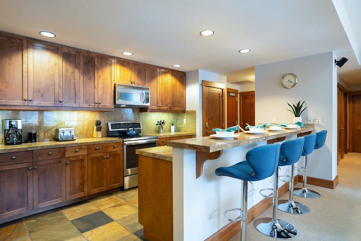 Luxury 3BD Village at Northstar Residence - Iron Horse North 204