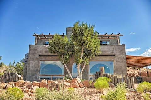 Secluded San Ysidro House w/ Desert Views!