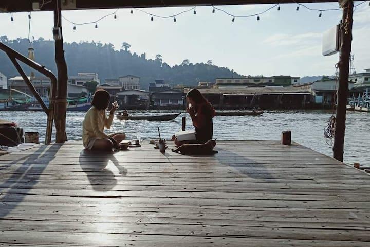 Fisherman Village of  RUB LOM CHOM KLONG HOMESTAY