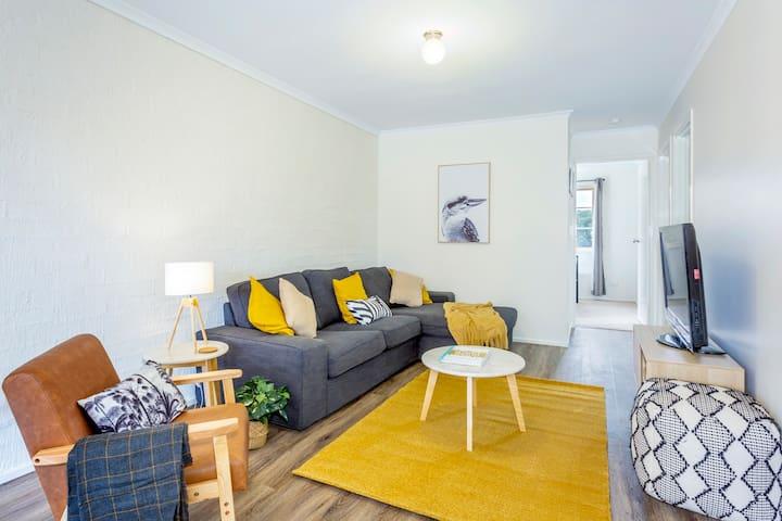 Clean & Comfortable in Convenient Location