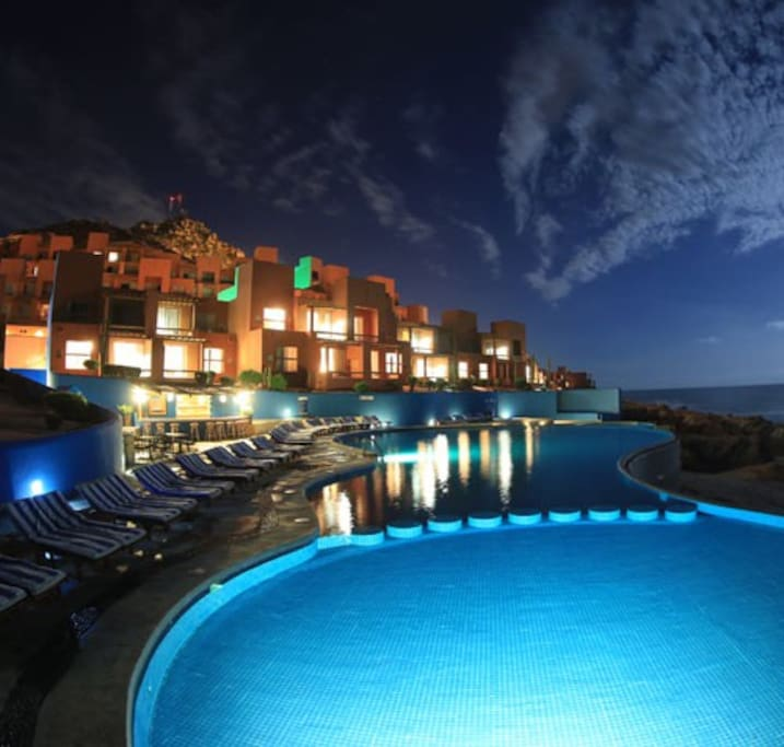 The resort at night is peaceful and the stars are brillant.