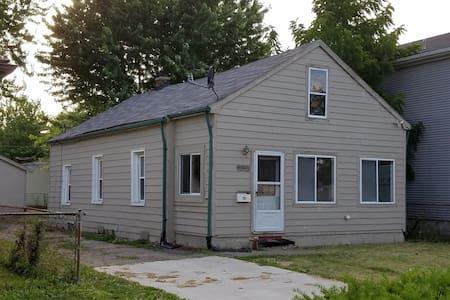 Affordable place in Warren. - Warren
