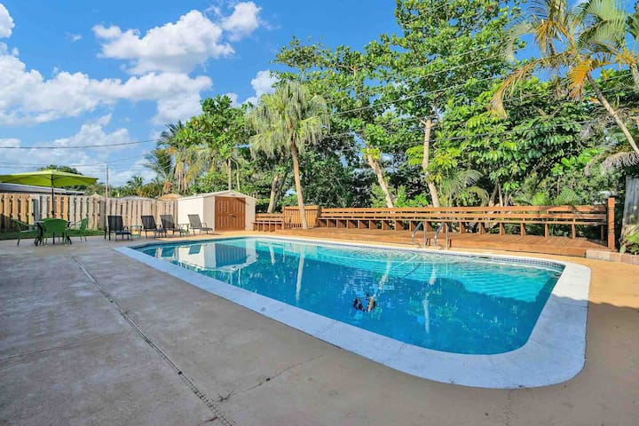 Ft. Lauderdale Retreat - 3Bed/2Bath Pool Home