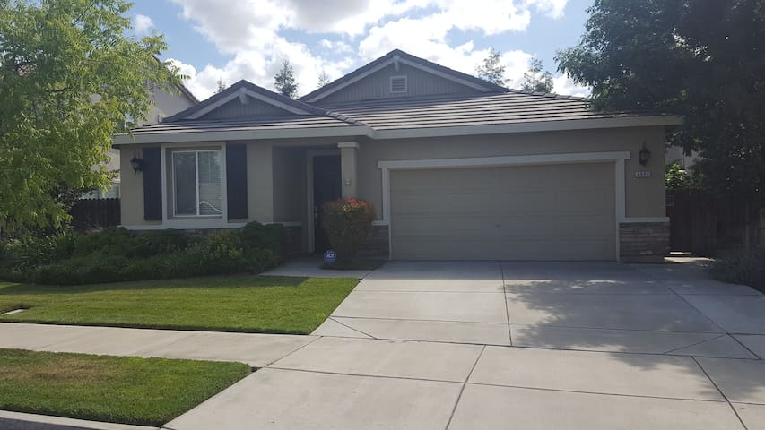 Nice House in a Great Neighborhood - Turlock - Huis