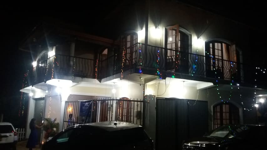 Hotel Mount View Villa - Nuwara Eliya - Villa