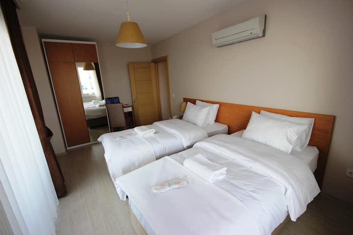 Suit_1+1_Balcony 2 Single Bed