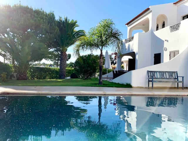 Pedra Mansa - 2 bedroom flat with lovely pool
