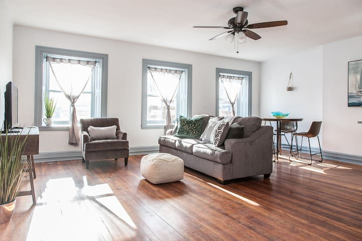 Spacious Home in Center City | Rittenhouse Square