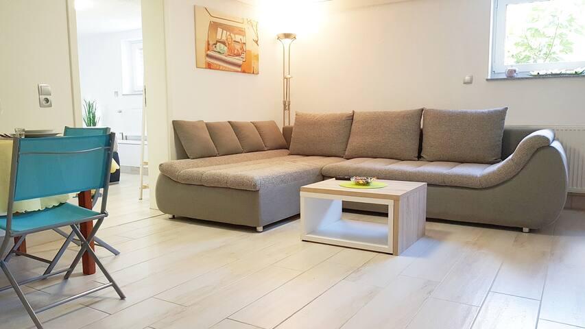 Wir legen Wert auf Sauberkeit und haben ausschließlich hochwertige Möbel in unseren Unterkünften.