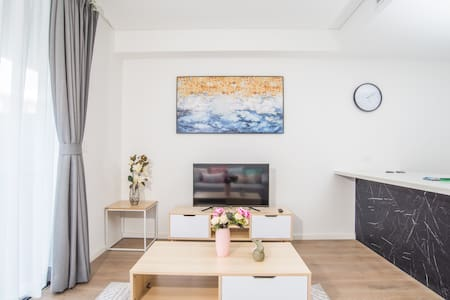 Warm Soul*1bedAPT in the heart of Eastwood*P*WIFI