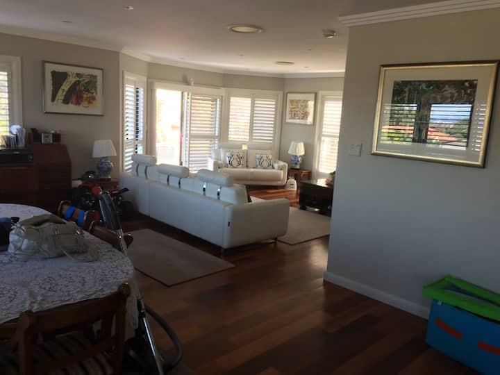 2 rooms one with en suite