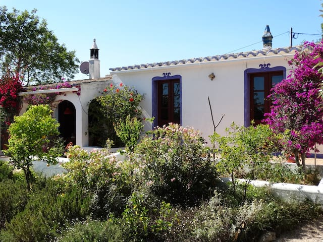 Charming quinta with 360 view of the Algarve