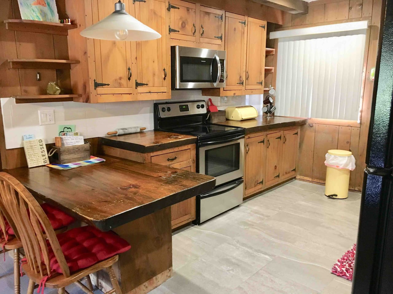 Large Kitchen with all that you will need for a quick stay or a full day of cooking!