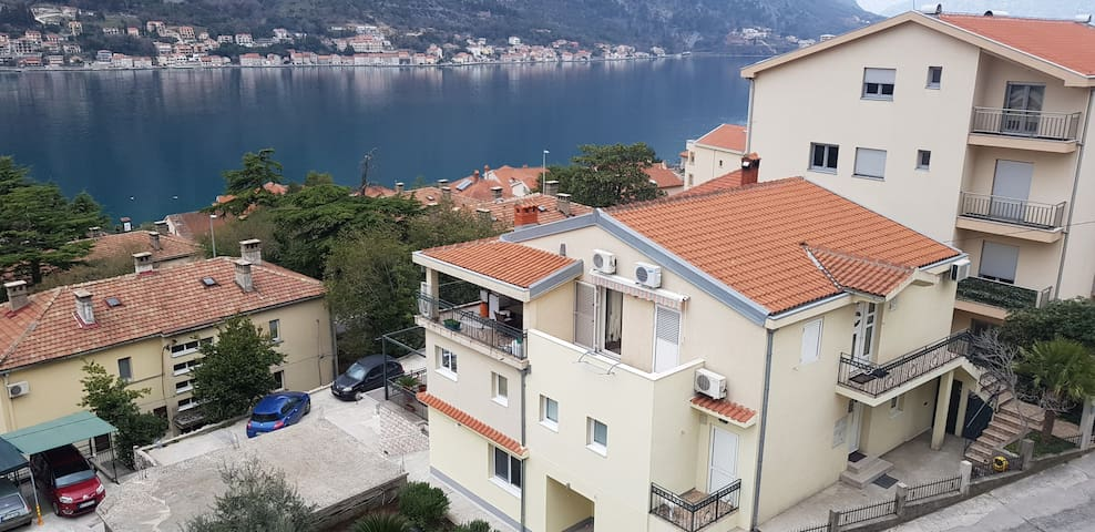 Apartments Nancy Comfort sea view near old town