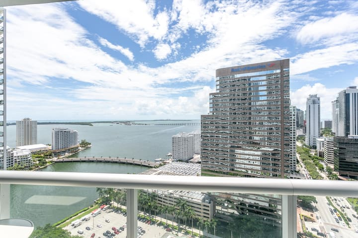 ICON BRICKELL LUXURIOUS 2 BDR •BAY VIEWS •FREE SPA