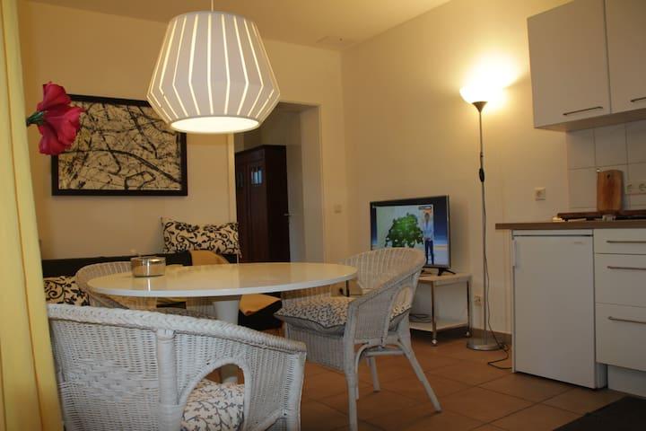 Helle Wohnung mit Außenbereich in Strandnähe - Heringsdorf - Pis