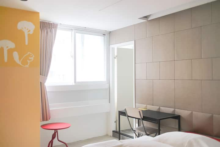 ZhongShan Apartment Double Room 407