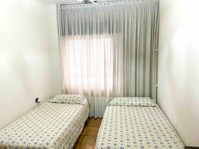 Habitación privada, 2 camas individuales.
