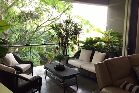 Modern Park View Loft - Cali - Apartment
