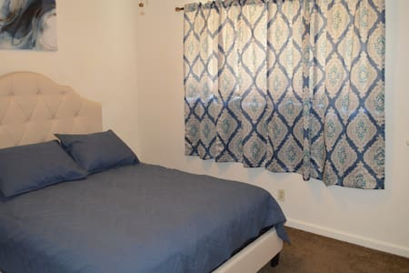 ❤️❤️❤️Single Story Apartment Close to Fresno State❤️❤️❤️