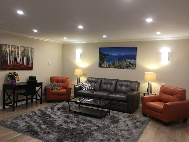 Recently remodeled 2 bedroom condo - South Lake Tahoe - Apartment