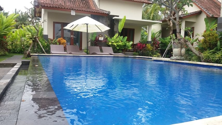 SISIN UBUD VIEW Shinta room - Gianyar