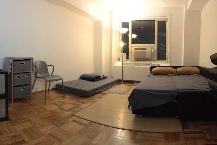 SPACIOUS & quiet room in East Village super value