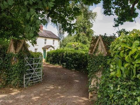 Blackwater Farm Lodge (W5880)