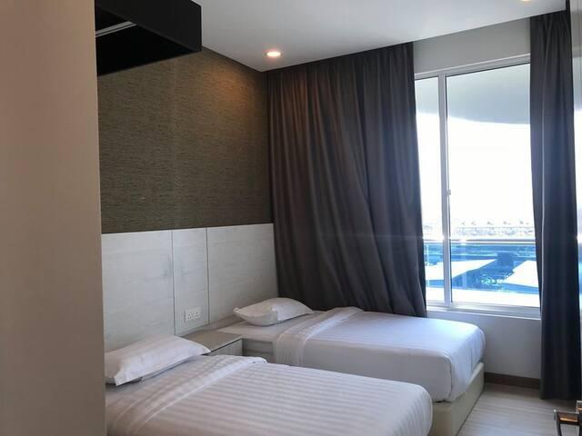 Melaka The Wave 006 [Deluxe Suite - 1 Bedroom]