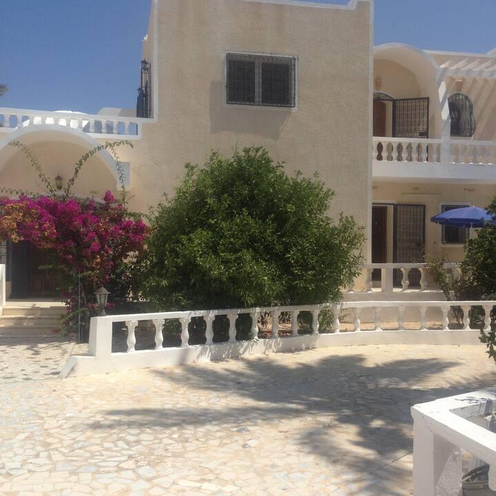 Villa avec piscine privée sans vis à vis Djerba