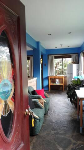 Fully equipped studio apartment - Santa Elena - Pension