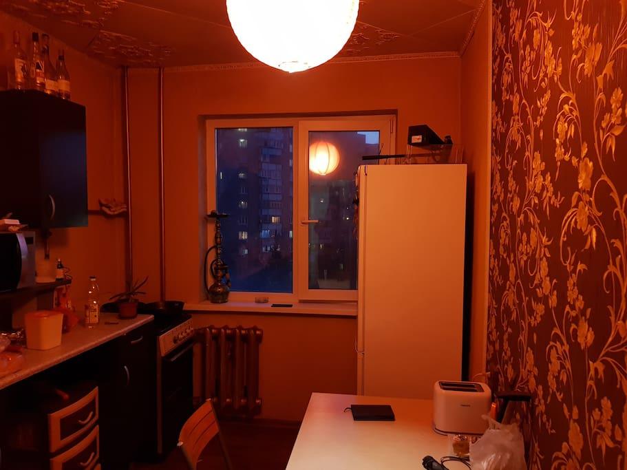 Kitchen (evening)