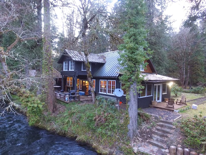 The Lodge on the McKenzie River