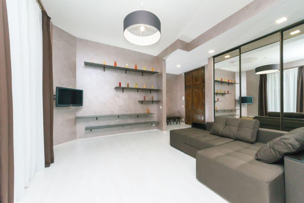 Living-room, open studio-kitchen