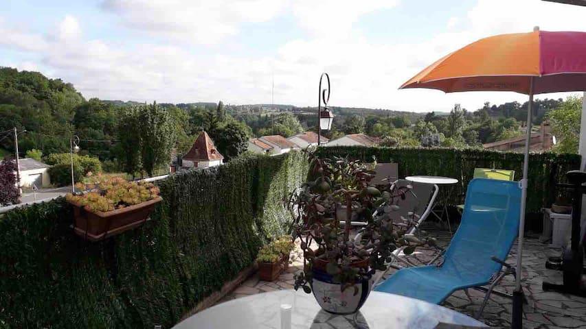 Maison de charme dans la vallée de la Dordogne