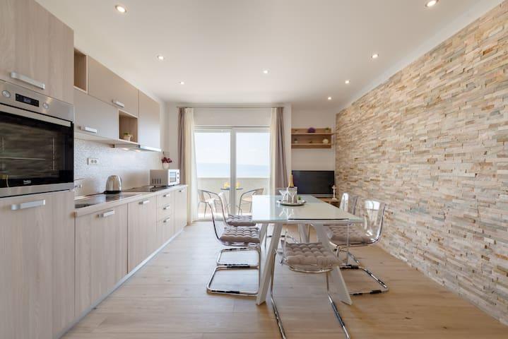 Apartment Maris ****- amazing sea view