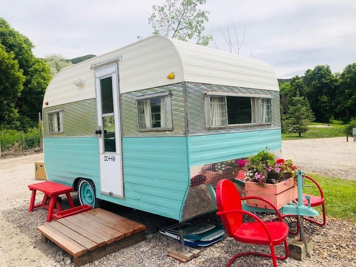 (Dotty)1960's retro camper