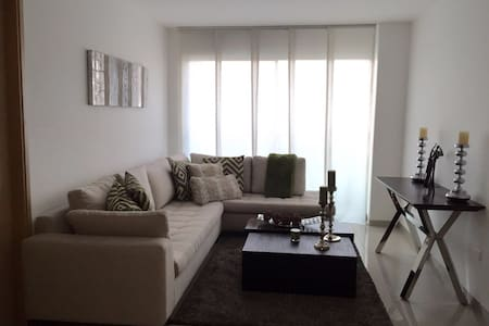 Great location modern apartment in Barraquilla - Lakás