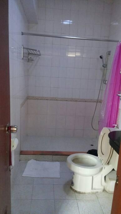 共用的浴室