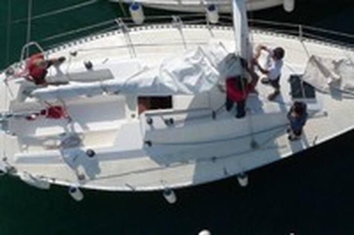 Sailboat sleepover