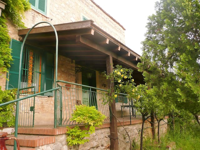 Large stone house in orange grove - Fondi - Casa