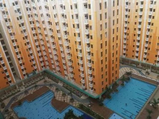 Kemang View Apt with 3 Bedrooms and 2 Bathrooms
