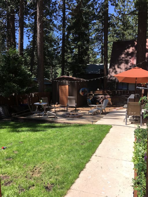 A shared back yard with the host. Your own access to the studio. Fire pit and grill is open for shared use.